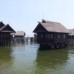 Pulau Ayer / Floating Bungalow