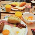 Stena Line café da manhã self-service variado.