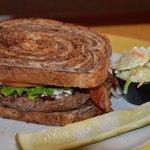 Hurricane Burger w/Cole Slaw