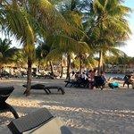 strand met gratis bedden