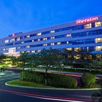 Photo de Sheraton Eatontown Hotel