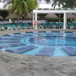 Partial Water Pool Beds