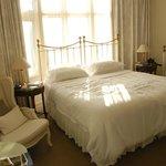 Beaucoup de charme pour cette chambre spacieuse et confortable