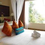 Zen-like bedroom with beautiful view