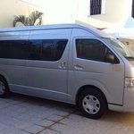 Luxury Van 10 pax W/L, 14 Pax With No/Lugagge