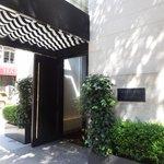 Madison Avenue entrance