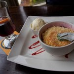 Fruit Crumble with Mulled Wine