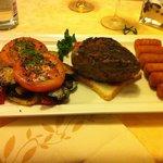 Filetto alla griglia da 3 etti, con verdure grigliate- ottimo taglio e cottura perfetta