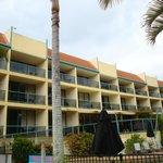 Shelly Bay Resort