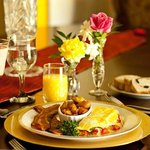 Breakfast at the Texas Forest Country Retreat