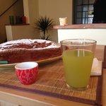 Plumcake cocco e cioccolato a colazione