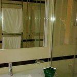 Зеркало в ванной №552