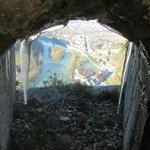Вид на город из бойницы замка