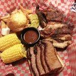 Rib tips and beef brisket combo