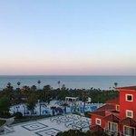Утро с видом на море