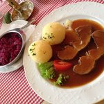 Plat du jour - roast beef, potatoes and red cabbage or in German - Rinderrollbraten in Rotweinsa