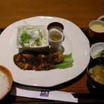 バジルチキン 洋食