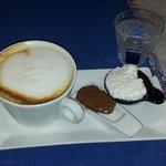 Cappuccino Maxi con degustazione di Panna artigianale e Crema alla Nocciola