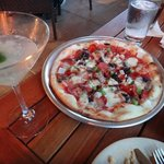 happy hour - ocean breeze and proletariat pizza