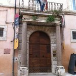 Assisi , Museo Civico - Entrata