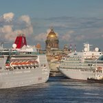 St Petersburg downtown with cruise ships