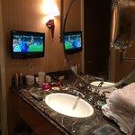18th floor bathroom vanities