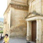 entrada a la capilla del monasterio de silos