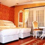Photo of Alyon Hotel
