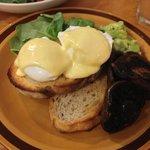 Eggs Benedict $14.00
