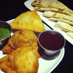 Aloo Samosa and stuffed Naan (Paneer)