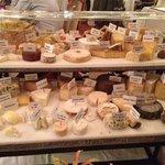 plateau de fromages monstrueux :-)
