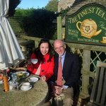 Lunch with Martin at quaint little English village restaurant at cotswolds