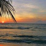 Sonnenuntergang in Lombok an den Qunci Villas