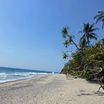 Der Mangsit Beach