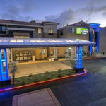 Foto de Holiday Inn Express Hotel & Suites Carlsbad Beach