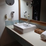 bathroom of atrium suite