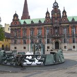 Fountain and City Hall in Stortorget