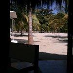vista desde el comedor a la playa