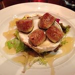 Goats cheese with figs and honey