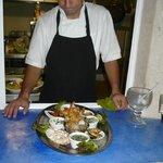aqui con su plato llamado degustacion , una delicia