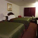 Two Bed Queen Room 221
