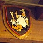 Pee-Wee and Hap-Pea on an escutcheon,