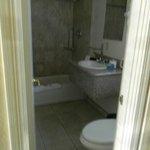 Room 106 granite sinktop, with bathtub