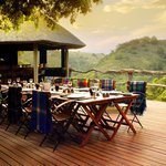 Outdoor dining at Tree Tops
