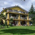 Photo de B&B La Culla Dei Castelli Romani - Country  House  Monte Artemiso