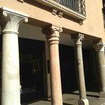 Ghetto columns