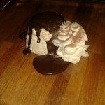 Parafit al torroncino con glassa al cioccolato