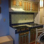 Cocineta de la habitación Emma Godoy 205