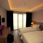Photo of Yali Park Hotel