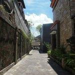 Walkway to Jl Legian